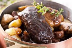 Plat de viande en sauce